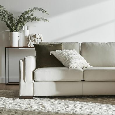 SIGNATURE CONTEMPORARY (STANDARD) Leather Sofa
