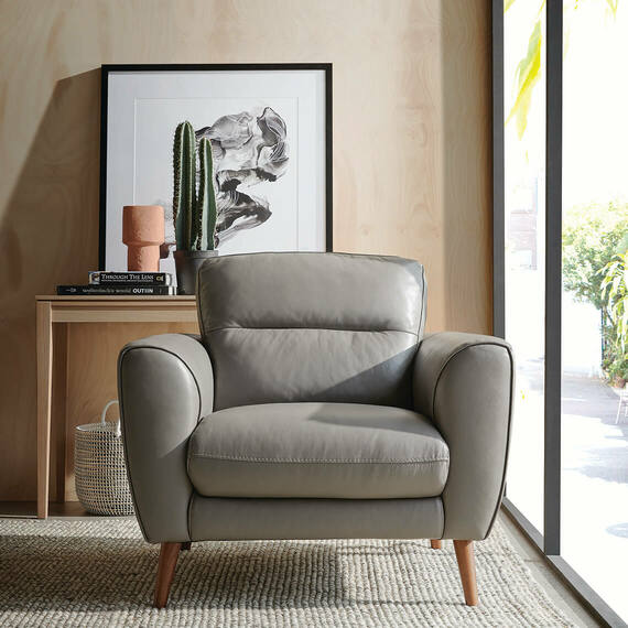 FISTRAL Leather Armchair
